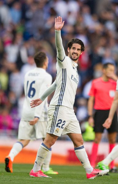 Isco Alarcon Photos Photos - (SPAIN-OUT)  Isco Alarcon of Real Madrid celebrates after scoring Real's 2nd goal during the La Liga match between Real Madrid CF and Deportivo Alaves on April 2, 2017 in Madrid, Spain. - Real Madrid CF v Deportivo Alaves - La Liga