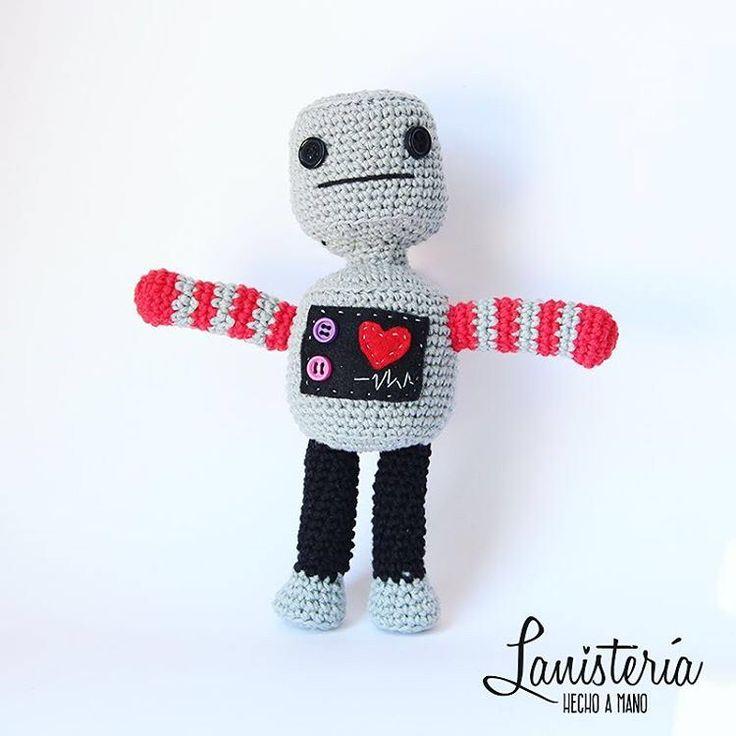 el robot la Lani, la estrella de la Lanistería ❤️ #robot #crochettoy #amigurumi #crochet