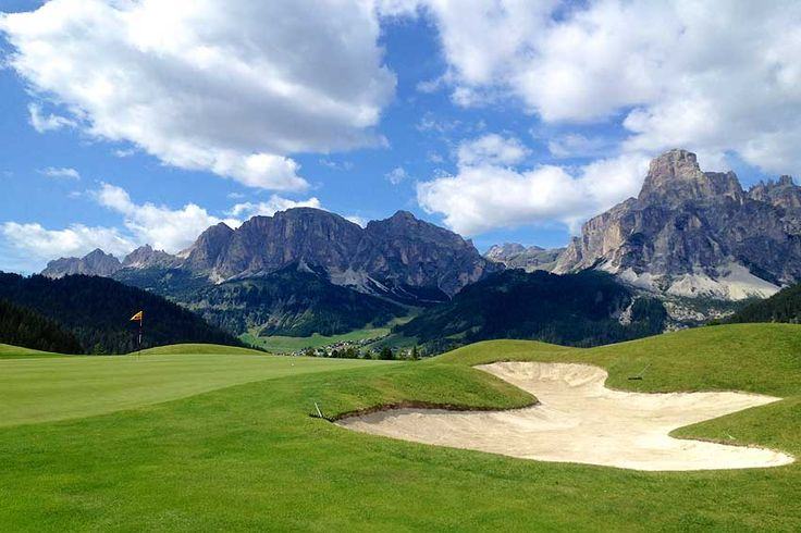 Auch für Golfer ist Südtirol ein Traumziel Anche per i golfisti, l'Alto Adige è un posto meraviglioso  GC Alta Badia - Corvara