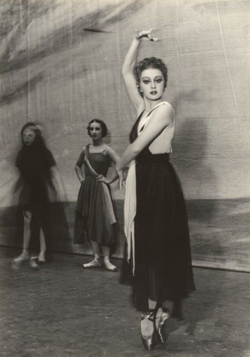 Portrait of Irina Baronova in Choreartium Max Dupain, 1930s