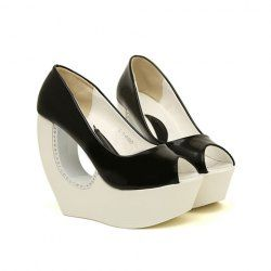 $19.10 Stylish Women's Peep Toed Shoes With Rhinestones and Strange Heel Design