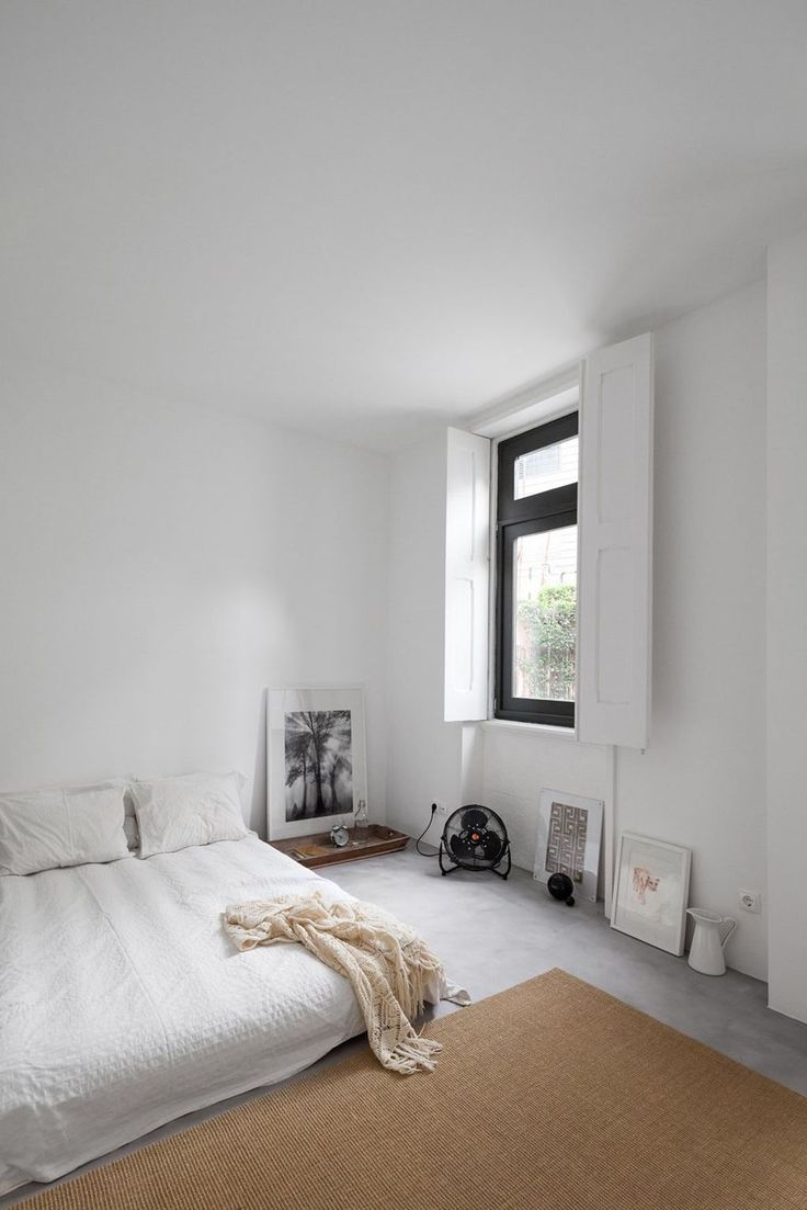 Best 25+ Modern White Bedrooms Ideas On Pinterest