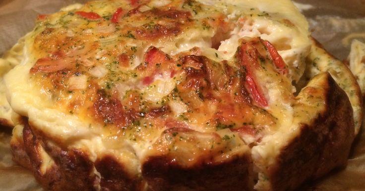 Ingrediënten 250 gr champignons 30 ml slagroom ½ blokje bospaddenstoelenbouillon 2 eieren ½ ui 1 tomaat ½ mozzarella Berei...