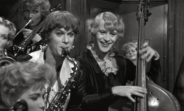 """""""В  джазе  только  девушки"""" -  Тони  Кёртис и Джек  Леммон. 1959. США."""