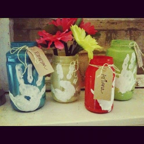 So simple - Handprint Memory Jars Paint inside of jar with colors and stamp hand print on outside.
