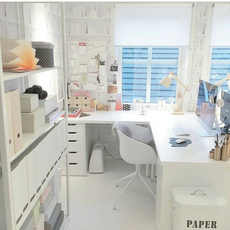 30 Incredible Home Office Den Design Ideas: L Shaped Desk And Organization