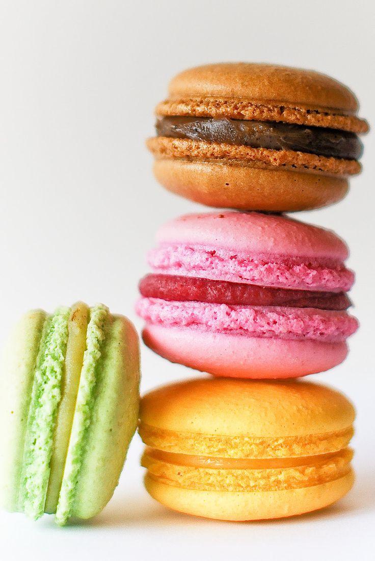 French Macaroons: Color French Macaroons, Macaroons Pretty Yummy, Favors, Fun Recipe, Sweet, Diet, Color Macaroons, French Macaron, Njam