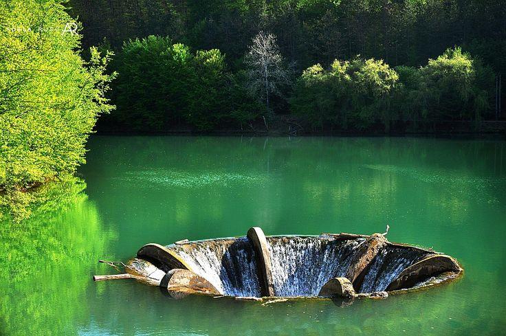 Adela Rusu Photography: Locuri frumoase de langa noi - Lacul Vida-Dobresti Bihor