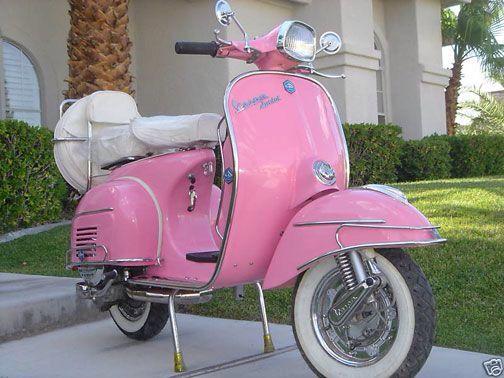 Vespa a Pink