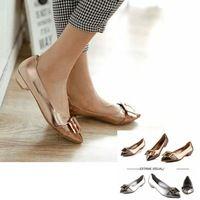 2014 marca mujeres Zapatos planos ocasionales de lentejuelas hebilla plateando Color dorado del dedo del pie puntiagudo solos Zapatos de la señora de la oficina Zapatos de Mujer