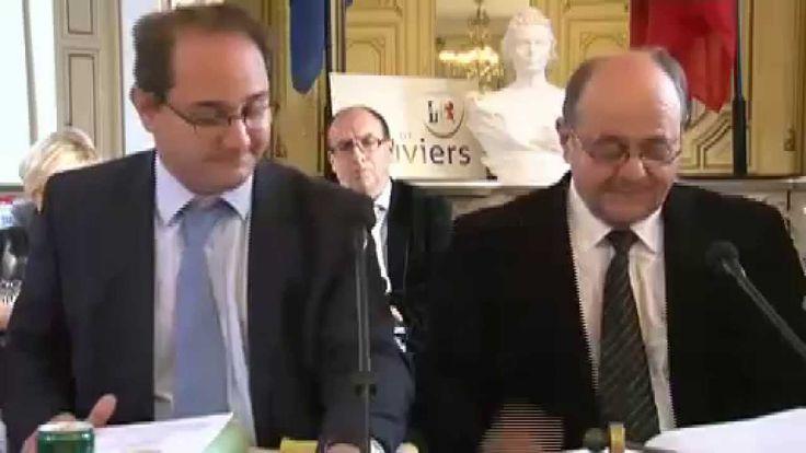 Bernard Leroy, Président de l'Agglomération Seine-Eure présentait lors du dernier Conseil Municipal de la ville de #Louviers la stratégie de la CASE pour les années à venir.