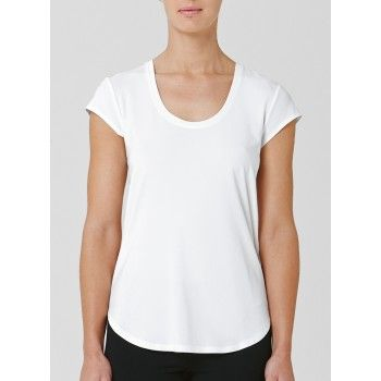 Mela Purdie Traveller T This perfect tee has the power to pull every outfit together in an instant. Featuring a U neckline, cap sleeve and softly scooped hem, this relaxed design will work day and night.#melapurdie  #redworks