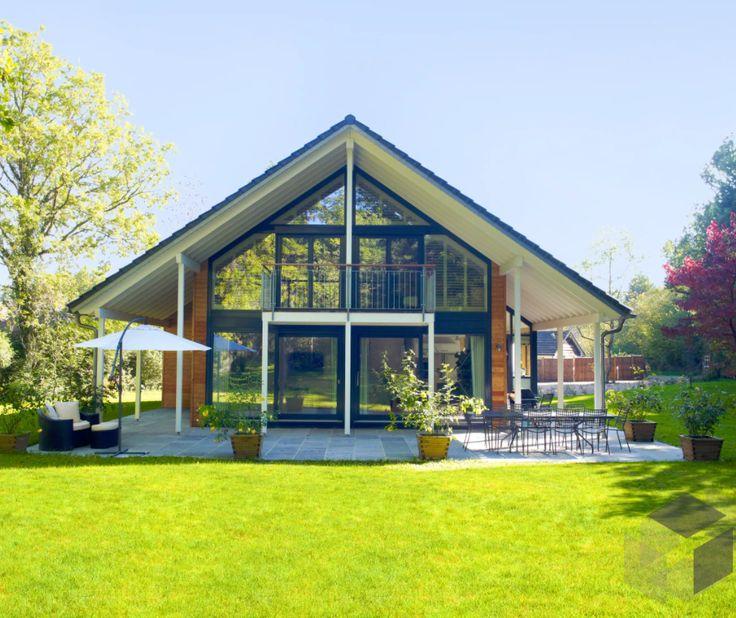Einfamilienhaus Modern Holzhaus Satteldach Flachdach Mit: Klassisch Mit Satteldach Bis