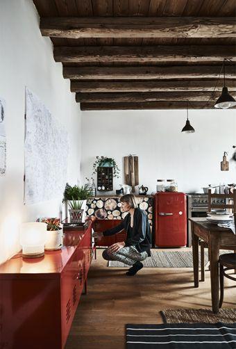 Zu Einer Offenen Wohnküche Passen Geschlossene Aufbewahrungssysteme Und  Schränke Perfekt. Sie Bringen Farbe   Und