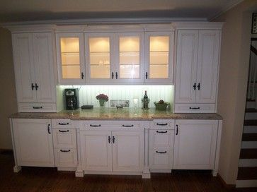 Best 25 built in buffet ideas on pinterest kitchen for Built in dining room buffet ideas