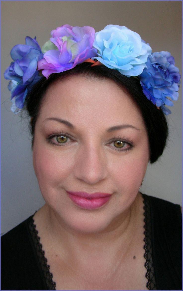 COURONNE/SERRE-TÊTE/HEADBAND FLEURS BLEUES /MAUVES : Chapeau, bonnet par ladyplazza