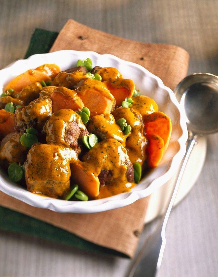 Indischer Lammtopf mit Joghurtsoße und Kürbis | http://eatsmarter.de/rezepte/indischer-lammtopf-mit-joghurtsosse