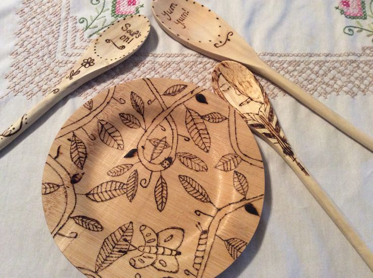 Woodburning on a bamboo plate and spoons. It was a crafty day yesterday.