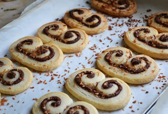 Μπισκότα Παλμιέ με Nutella με 2 υλικά σε 10′
