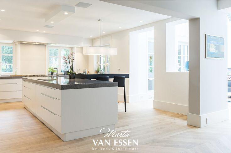 Witte Keuken In Prachtige Ruime Opstelling : ... over Tijdloze Keuken ...