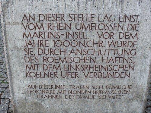 """""""An Groß St. Martin"""" in der Kölner Altstadt (direkt hinter dem Brigittengässchen, da wo auch die Figuren von Tünnes und Schäl stehen), st..."""