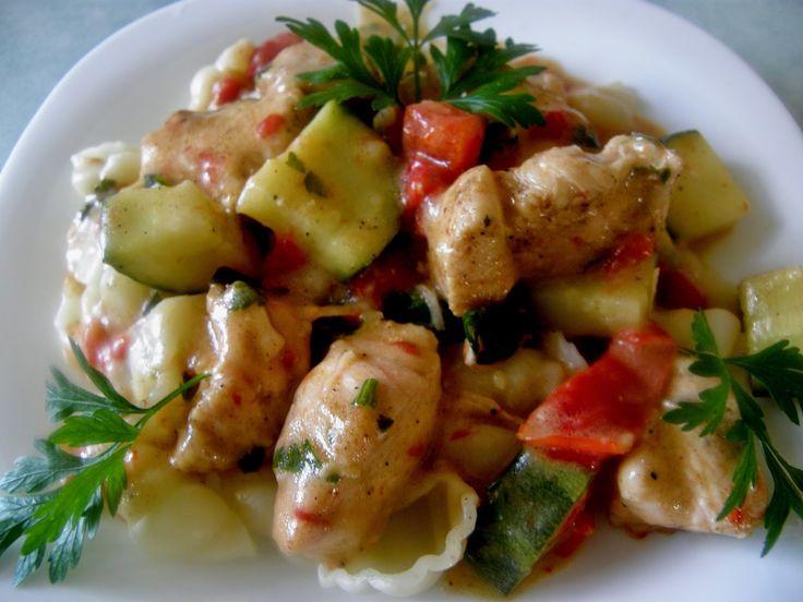 Codzienne gotowanie u Agi: Muszelki w sosie paprykowym