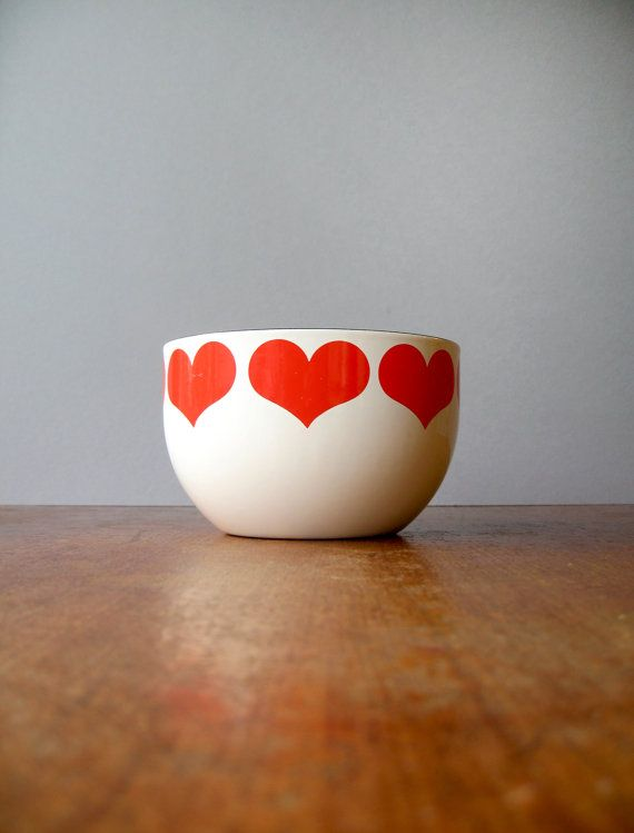 Small Mid Century Arabia Finland Finel Enamel Heart Bowl