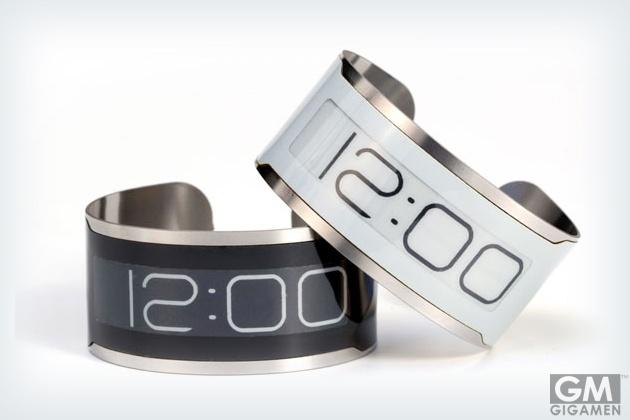 クレジットカード並みの薄さ、世界一薄い腕時計「CST-01」 #wristwatch #watch #design