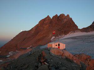 Le Tour des Dents-du-Midi - Refuge et glacier des Dents-du-Midi (2884 m)