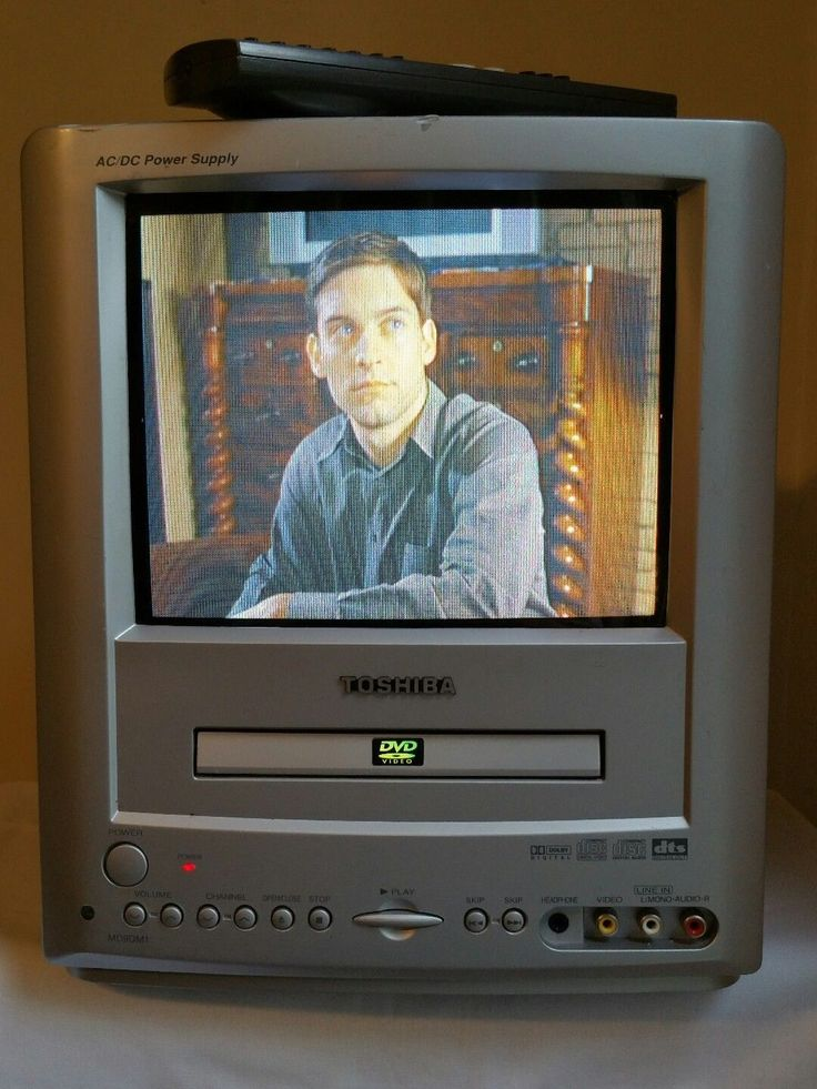 Toshiba MD9DM1 9 CRT Television Portable Camper RV AC DC DVD Player Built-in