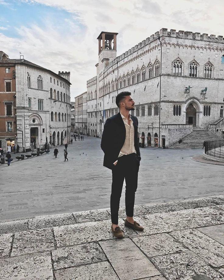 """207.4 mil curtidas, 952 comentários - Mariano Di Vaio (@marianodivaio) no Instagram: """"Today in Perugia, tomorrow in Paris ❤"""""""