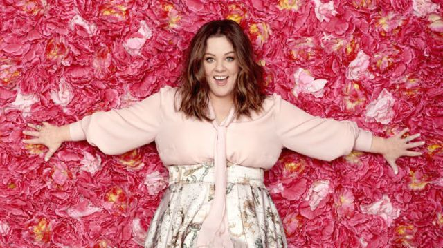 What Melissa McCarthy Did To Lose Weight Is So Easy You're Probably Doing it Right Now