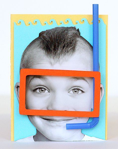 Cartão Filho Mergulhador, feito com fotocópia de fotografia, papel colorido e palhinhas