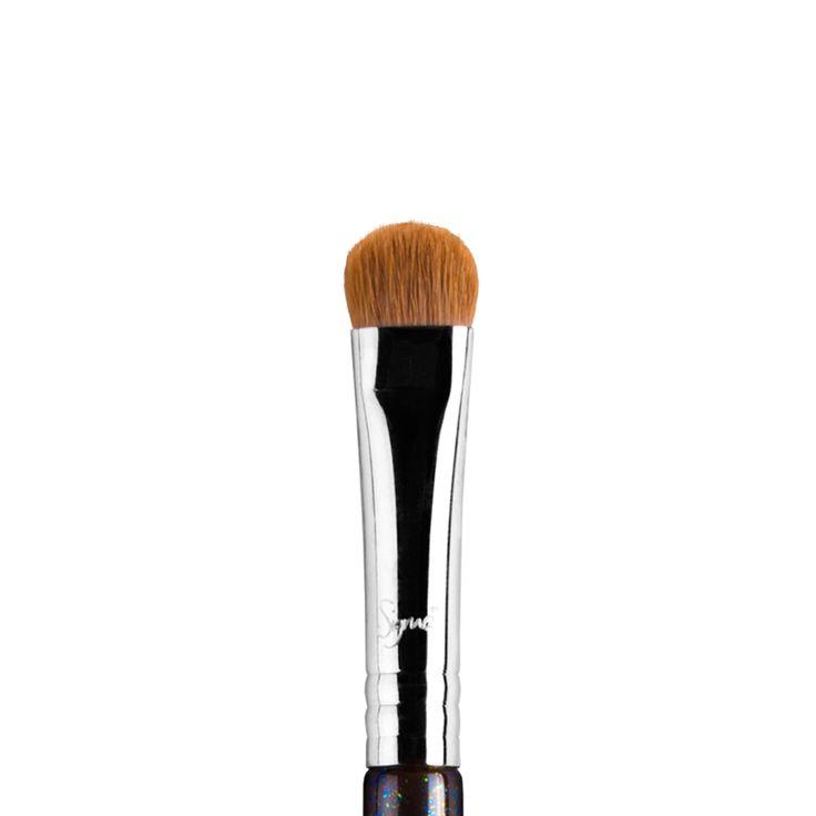 E55 Eye Shading Brush