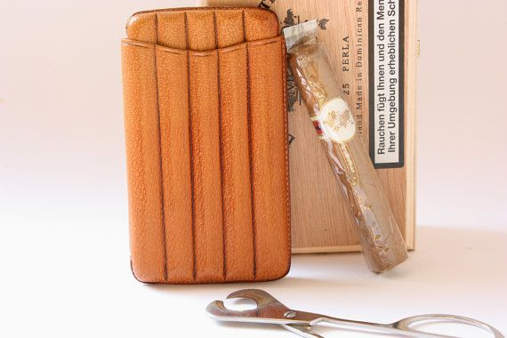 1 cigar travel case leather for 5 cigarillos /  by wohnraumformer
