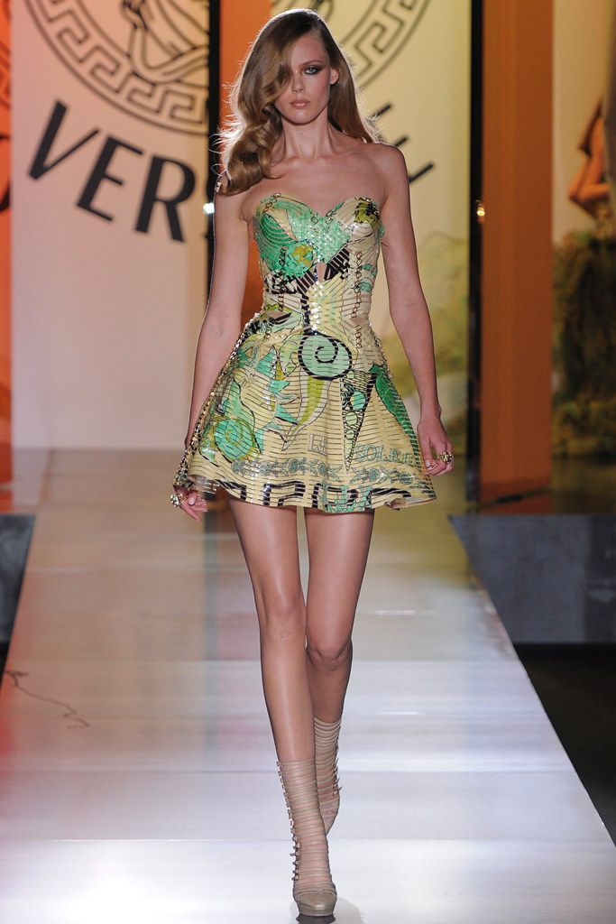 gel kayano 20 lite show Atelier Versace Fall 2012 Couture Collection Photos   Vogue