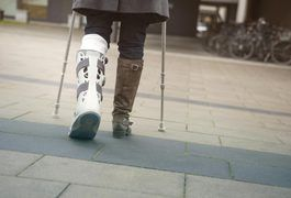 A broken leg can keep you off your feet for a period of six to eight weeks or longer. During this time you will likely have a cast on your leg and be required to use crutches or another form of walking aid. Being this sedentary can make losing weight a challenge. But rest assured, there are actions you can take to lose weight with a broken leg.