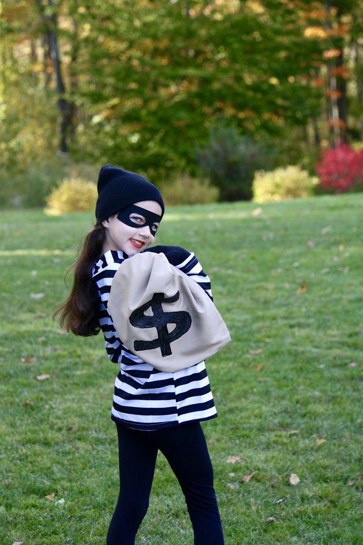 Best 20+ Bank robber ideas on Pinterest | Al capone biography ...