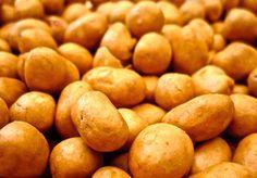 Popularmente se dice que los cacahuates japoneses son mexicanos. Entre las familias que comenzaron a preparar cacahuates japoneses están los Nishikawa y los Nakatani.