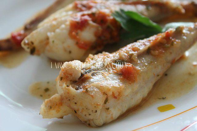 Code di rospo al pomodoro (ricetta facile) I manicaretti di nonna Lella http://blog.giallozafferano.it/graziagiannuzzi/code-rospo-pomodoro-ricetta-facile/