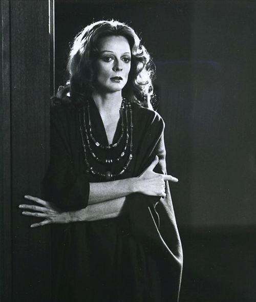 Maggie Smith as Cleopatra in Shakespeare'sAntony and Cleopatra,1976.
