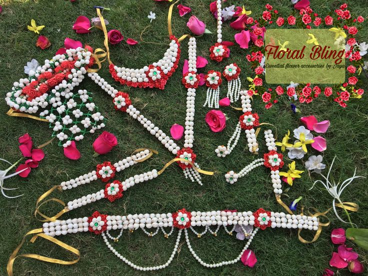 Get this beautiful #traditional  #artificial #flower #jewellery for your #haldi #mehendi #godhbharayi #dohejevan ceremony. For order kindly contact floralblingbyjaya@gmail.com