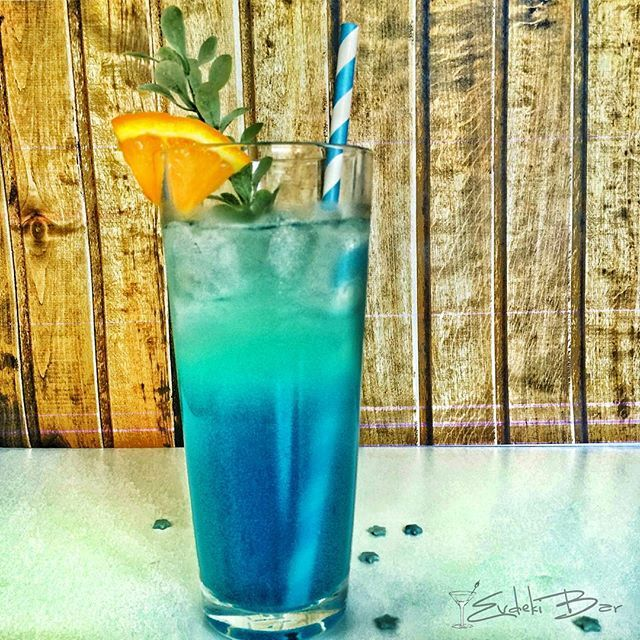 Adios Motherfker votka, rom, tekila, cin, Blue Çuracao likörü, sweet and Sour, 7Up #kokteyl #cocktail #drinkporn #foodporn #instadaily #tequila #gin #vodka #rum #adios #booze #drink #yummy #delicious #tasty #tarif #recipe #votka