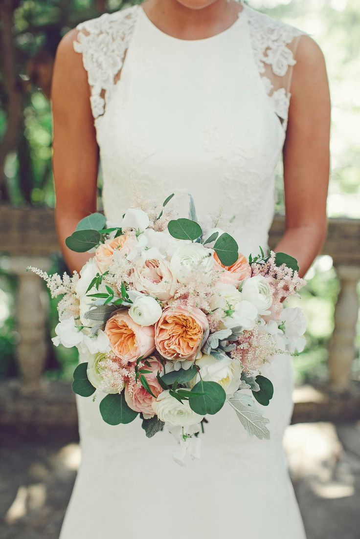 Soft and romantic bridal bouquet: http://www.stylemepretty.com/2015/01/06/glamorous-austin-spring-wedding-2/ | Photography: SMS Photography - smsphotography.com