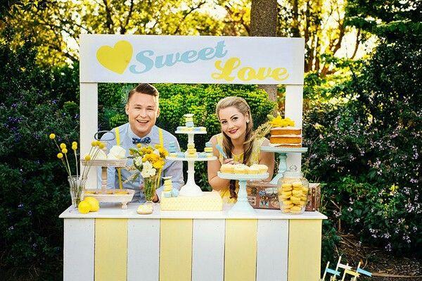 Wedding ideas! Sweet table