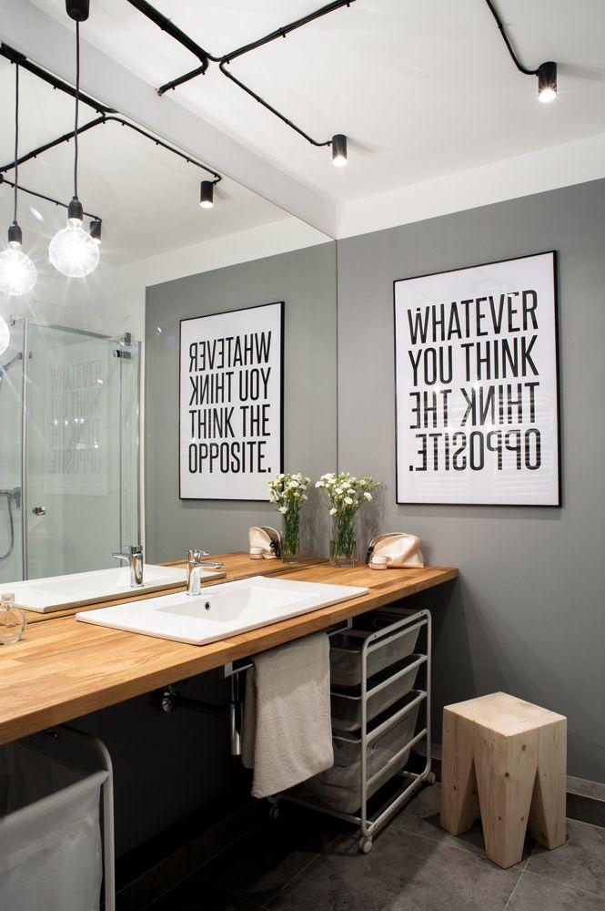 inspirująca typografia w aranżacji łazienki