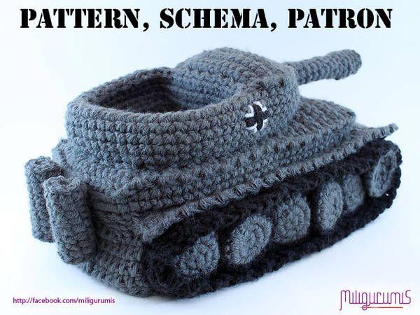 Pattern for crocheted Panzer tank slippers - Boing BoingPanzer Crochet, Crocheted Slippers, Crochet Slippers, Knits Pattern, Boyfriends Birthday, Slippers Pattern, Tigers, Crochet Pattern, Tanks Slippers