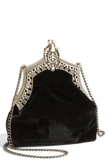 House of Harlow 1960 'Rey' Velvet Pouch. Love this!! I repined this from http://shop.nordstrom.com/s/house-of-harlow-1960-rey-velvet-pouch/3227977?cm_cat=datafeed_ite=house_of_harlow_1960_rey_velvet_pouch:397001_pla=bags:women:handbag_ven=Linkshare=Hy3bqNL2jtQ-_BeBsi8KEqJdt.iPgRSotQ