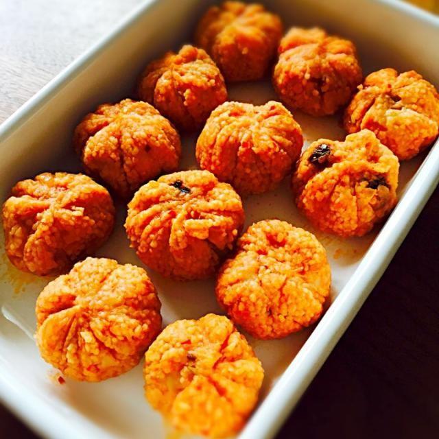クスクスとジャガイモドライトマトなどを混ぜ混ぜしたものです。いつかは、本場の味を食べてみたいです。 - 4件のもぐもぐ - キョフテ by Shiho Nakayama