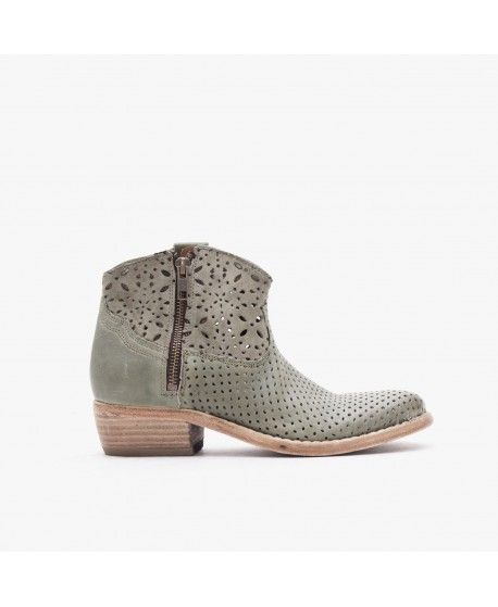 MEGAN / PERFORATED LEATHER / GREEN